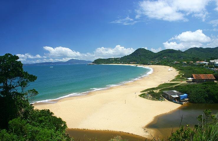 Praia do Estaleiro - Camboriú